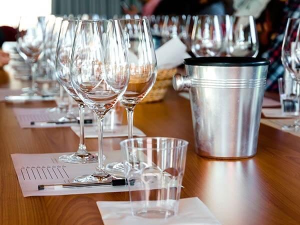 Kanpai Tourisme - The wines of Lyon region