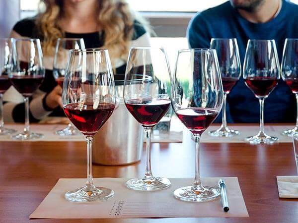 Kanpai Tourisme - Wine-tasting Clubs