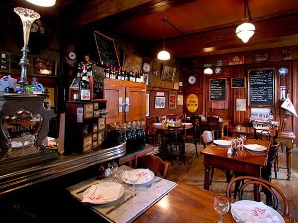 Kanpai Tourisme - Dinner in a Bouchon Restaurant